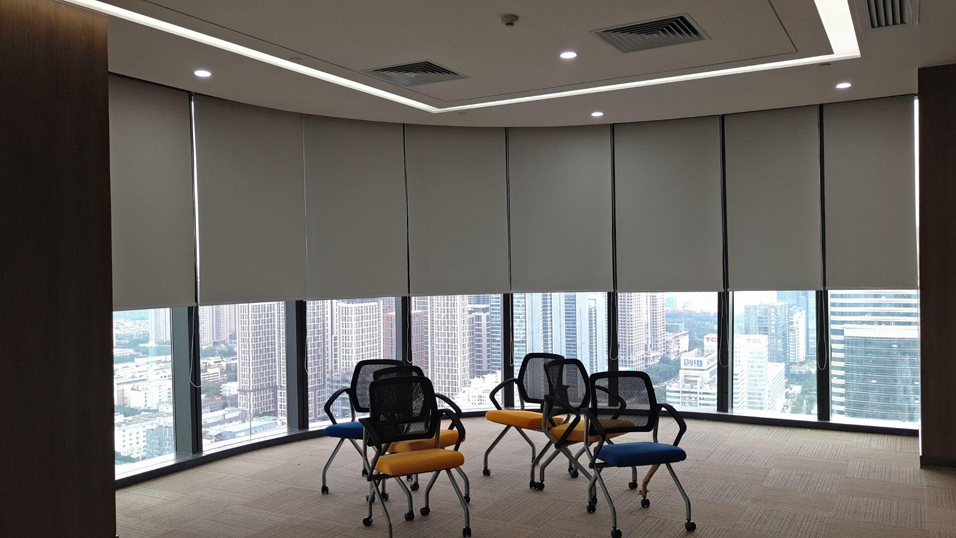 深圳辦公室遮光窗簾卷簾安裝
